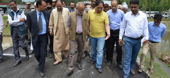 Naeem Akhtar reviews pace of development projects in Kangan