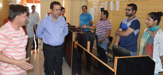 Expedite work on new oil depots, bottling plants: Zulfkar to Oil Companies