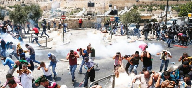 3 Palestinians killed in clashes, 3 Israelis stabbed to death