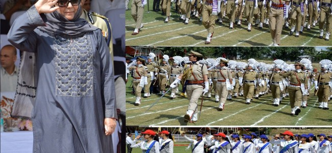 Chief Minister Mehbooba Mufti during I-day function in Srinagar