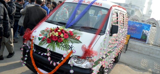 24×7 Free Ambulance Service in J&K soon; People can dial 102-108 to avail the service
