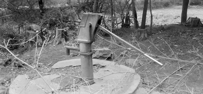 Tube-wells installed under NRDWP defunct in Tral