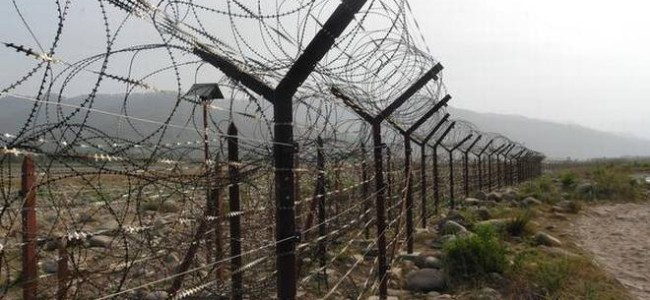 India Pakistan armies trade gunfire along LOC in Kupwara