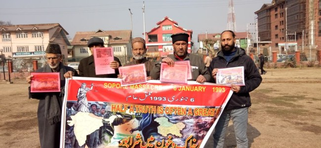 Sopore massacre: HR group holds protest, demands justice