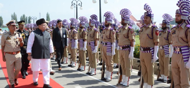 Top police, CRPF officers meet Governor