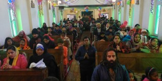 In Pics: Christmas celebrated with religious fervor in Kashmir