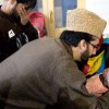 Mirwaiz condemns 'brutal assault' on Kashmiris at Chhattisgarh, visits injured students at SMHS