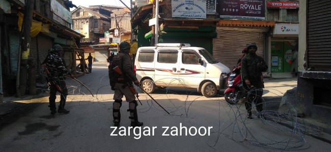 Day 2: Shutdown, restrictions continue in Kashmir Valley