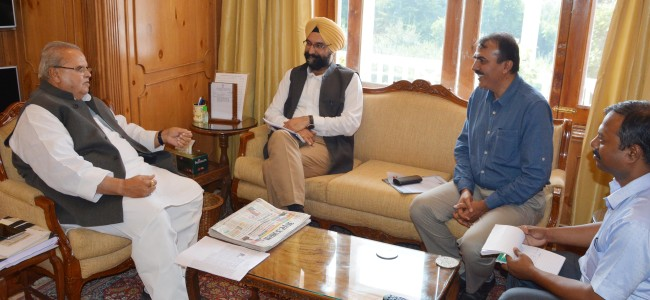 MD AMUL meets Governor