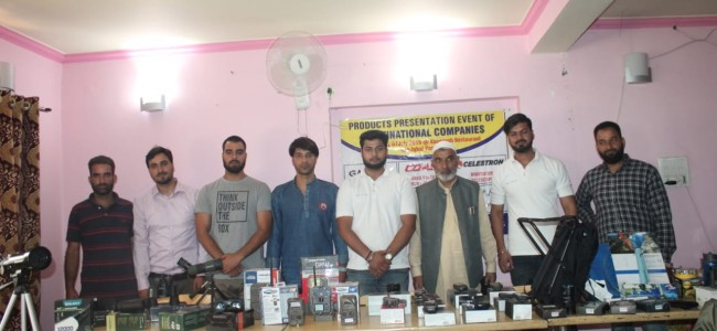 3B Traders holds product presentation in Srinagar