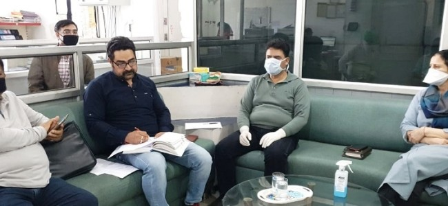 Drug Controller reviews stock position of medicines in JK