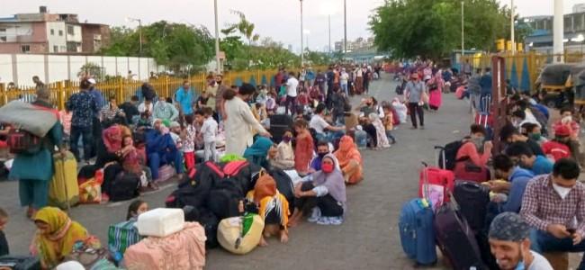 Govt: Evacuated 94,621 Stranded JK Residents So Far