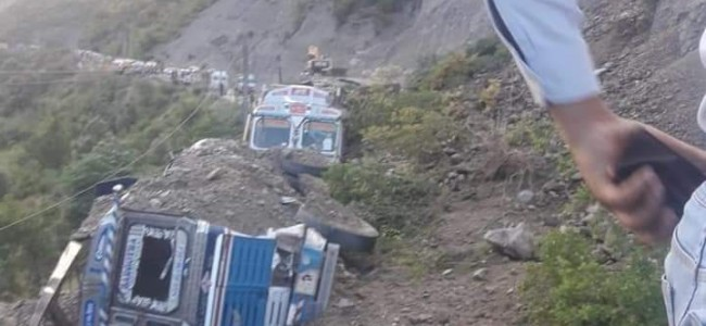 One Person Killed, 9 Vehicles Buried As Massive Landslide Hits Highway